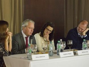 El desafío de cooperar y competir: senadores